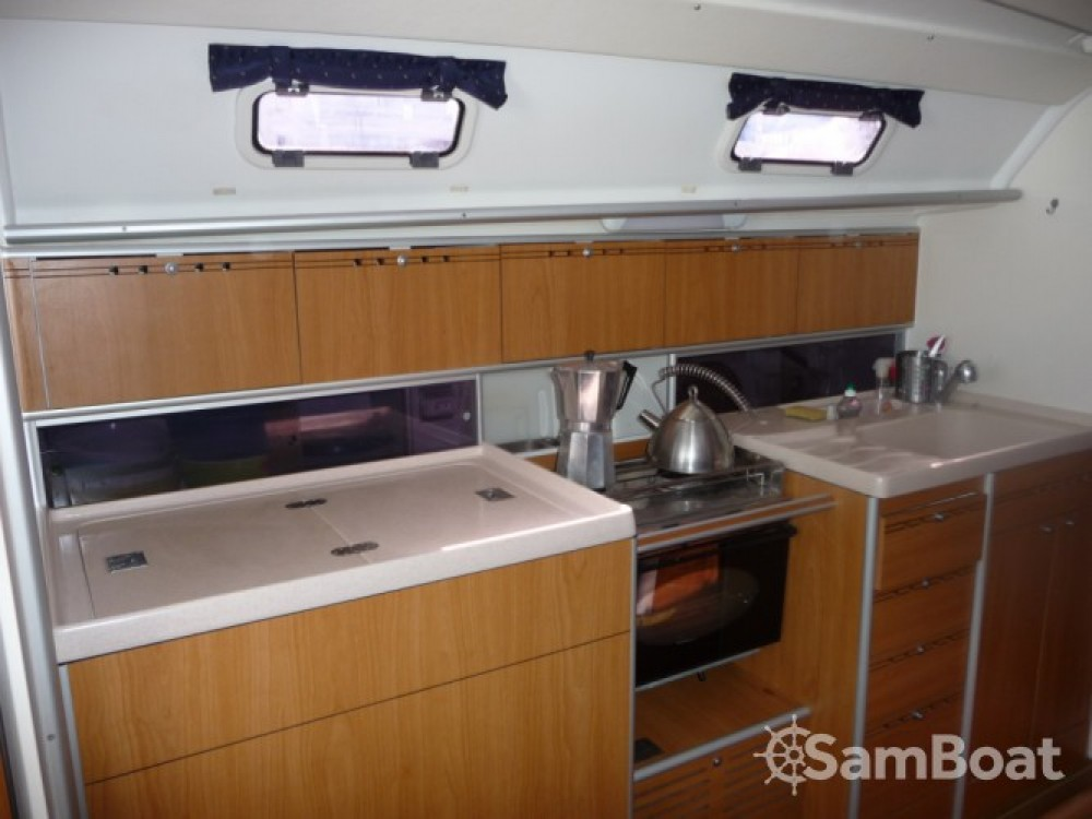 Boat rental Poncin Yachts Harmony 38 in Marseille on Samboat