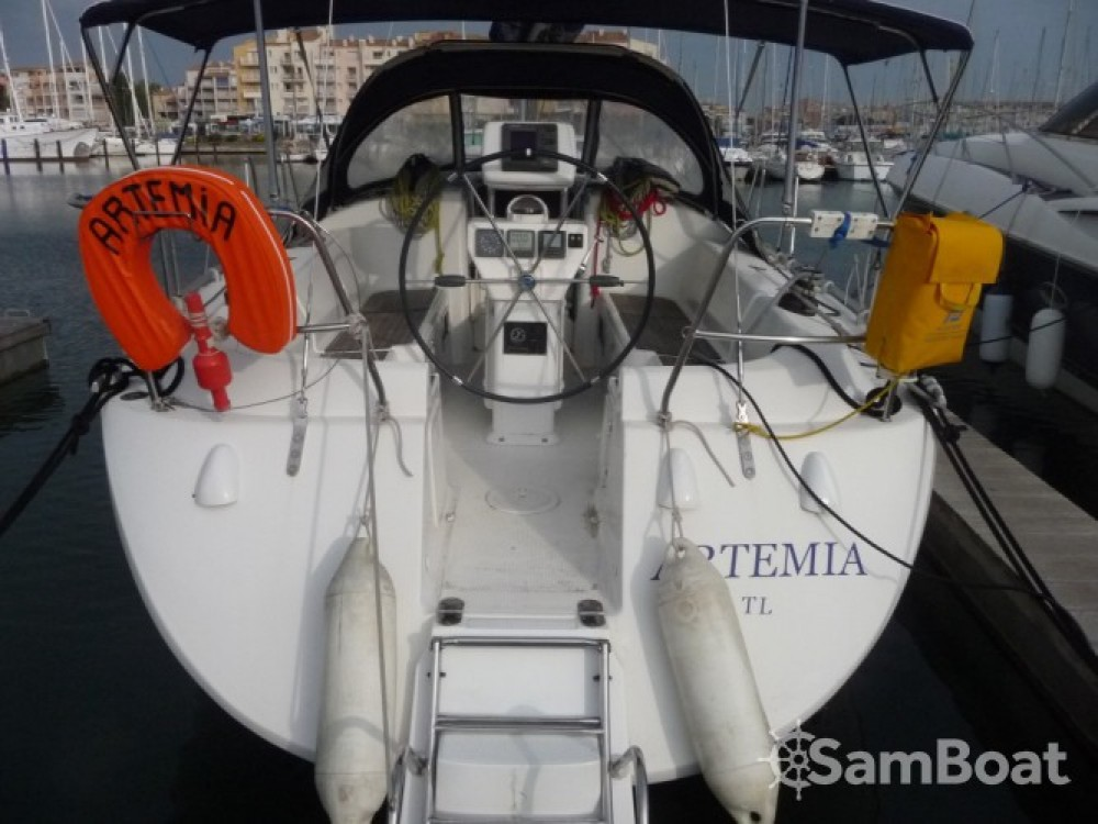 Hire Sailboat with or without skipper Poncin Yachts Marseille