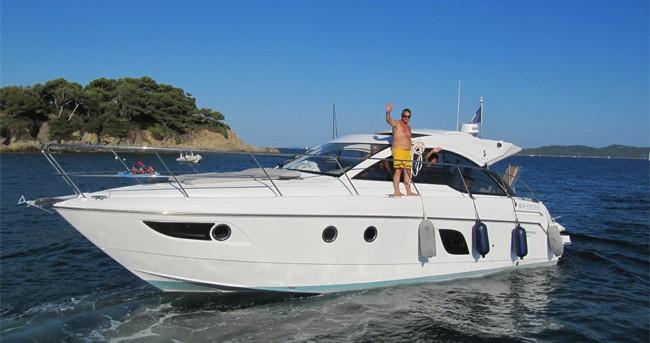 Rental yacht Sausset-les-Pins - Bénéteau Flyer Gran Turismo 38 on SamBoat
