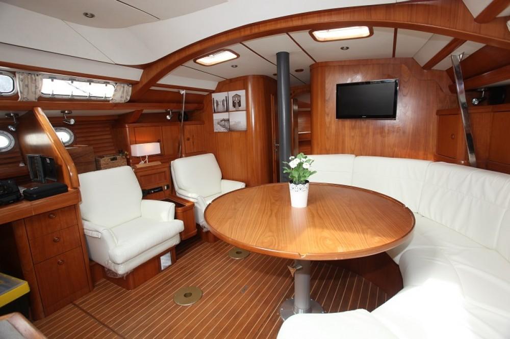 Boat rental Jeanneau Sun Odyssey 47 Cc in Hyères on Samboat