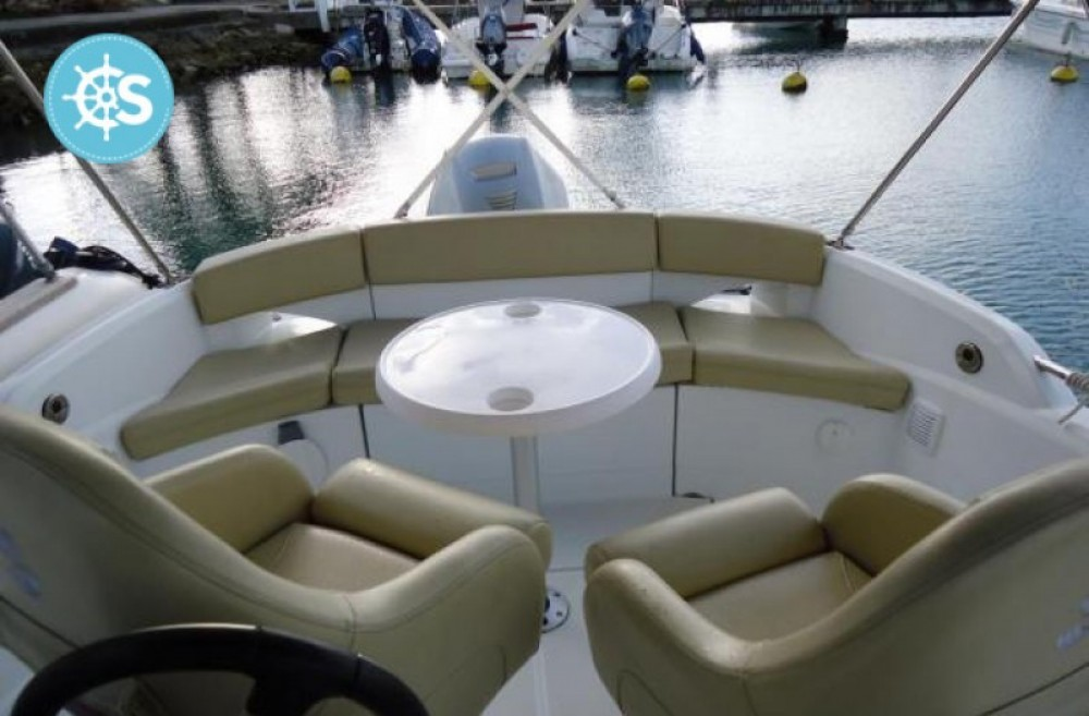 Motor boat for rent Pointe-à-Pitre at the best price