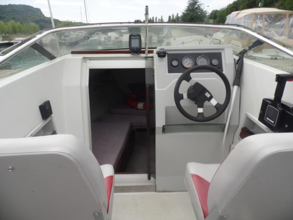 Rental Motor boat in Virignin - Jeanneau Leader 550