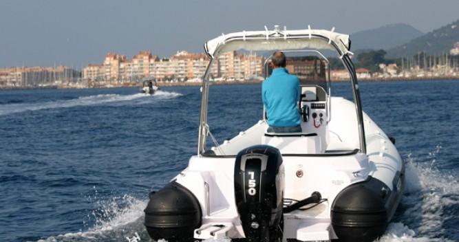Boat rental Italboats Predator 650 in Hyères on Samboat