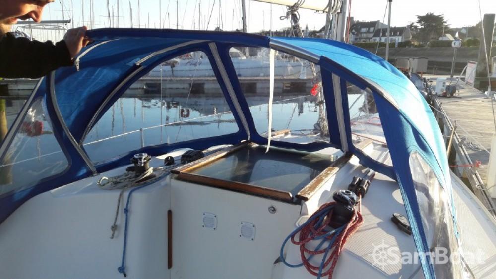 Boat rental La Trinité-sur-Mer cheap Sun 2500