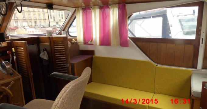 Hire Canal boat with or without skipper Bravo Redon