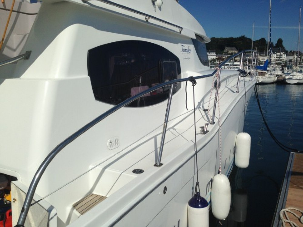 Boat rental Fountaine Pajot Summerland 40 in La Trinité-sur-Mer on Samboat