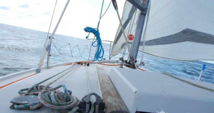 Hire Sailboat with or without skipper Jeanneau Pont-l'Abbé