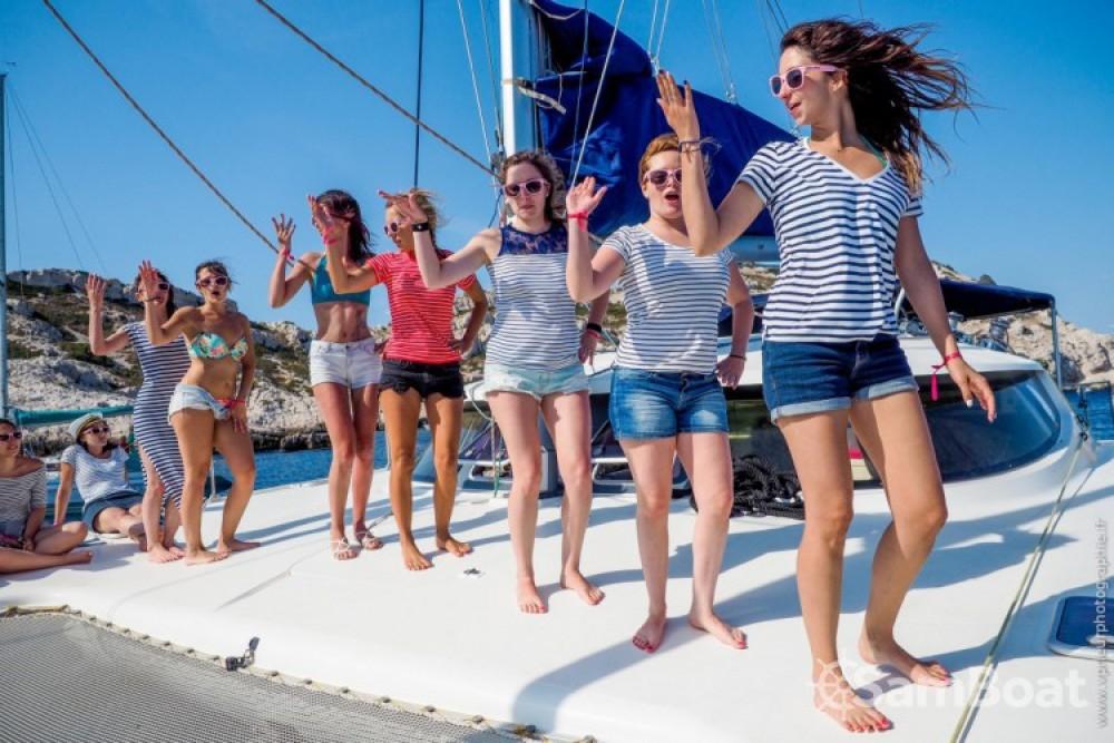 Rental Catamaran in Marseille - Fountaine Pajot Bahia 46