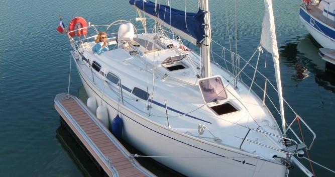 Rental yacht La Trinité-sur-Mer - Bavaria Cruiser 30 on SamBoat