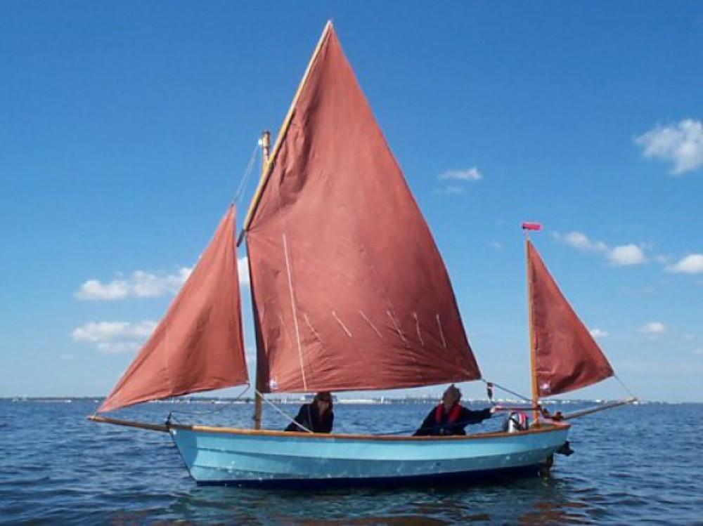 Rental yacht Urrugne - Honnor Marine Devon Lugger on SamBoat