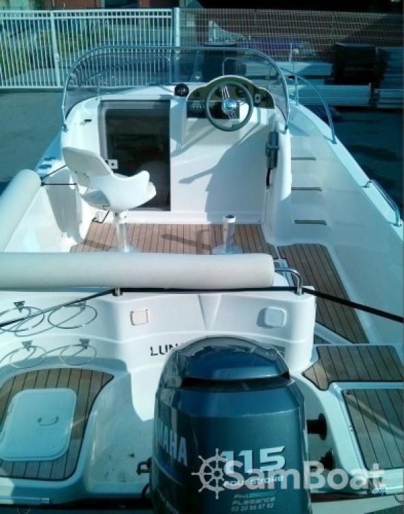 Rent a Pacific Craft Pacific craft 570 Diamond Head La Ciotat