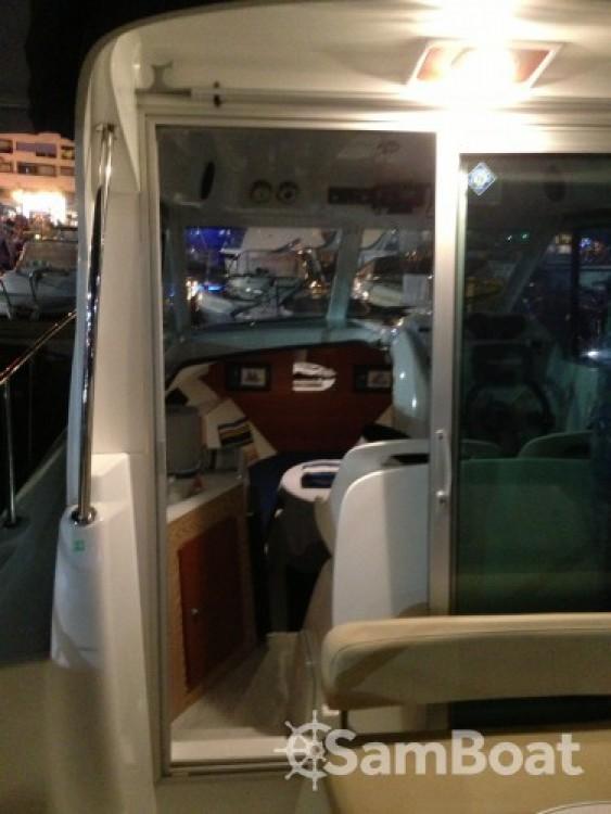 Rental Motor boat in Saint-Cyprien - Bénéteau Antares 6
