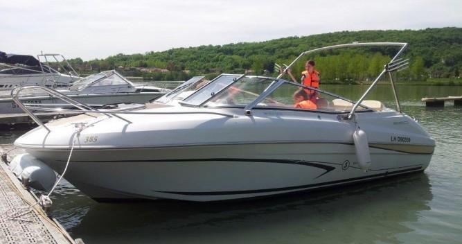 Rental Motorboat in Le Bourget-du-Lac - Bénéteau Flyer 650 Cabrio