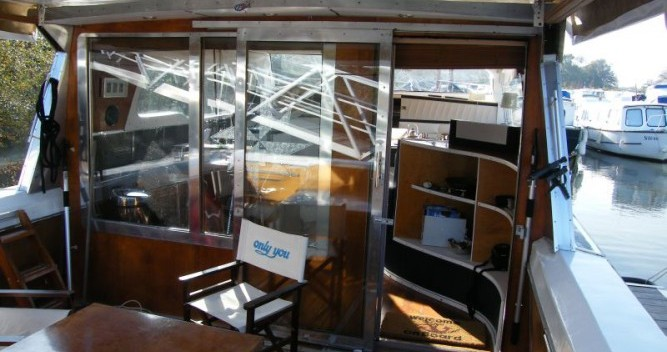 Hire Canal boat with or without skipper Tuckermann Messac
