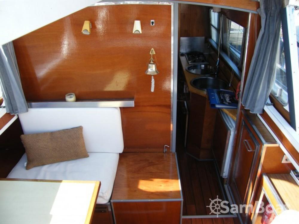 Rental yacht  - Tuckermann Houseboat on SamBoat