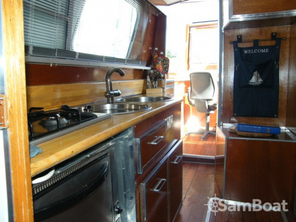 Hire Canal boat with or without skipper Tuckermann