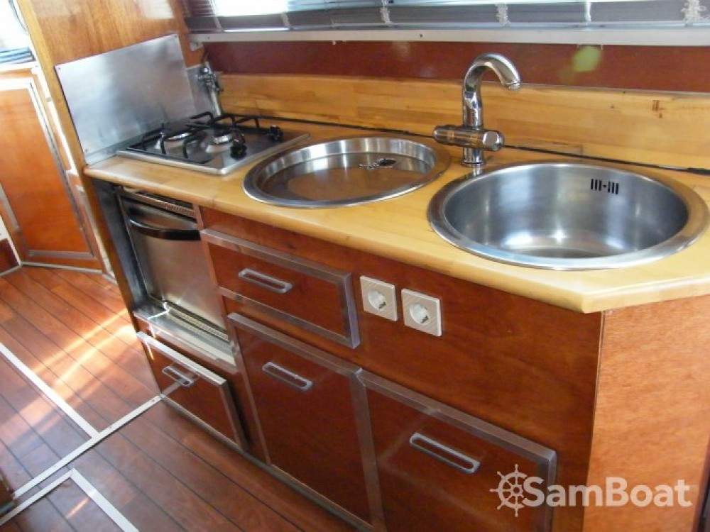 Tuckermann Houseboat between personal and professional
