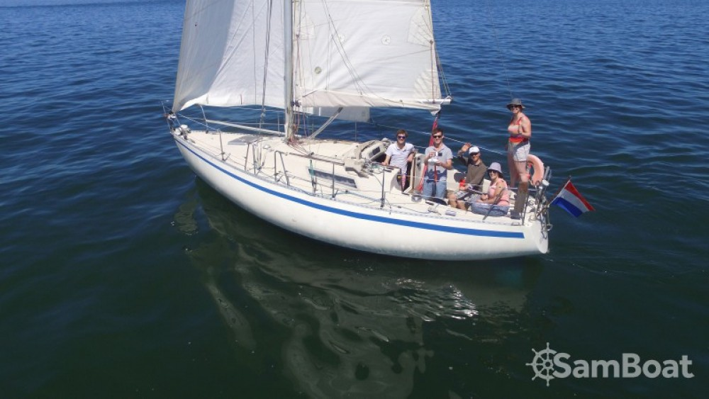 Sailboat for rent Reimerswaal at the best price
