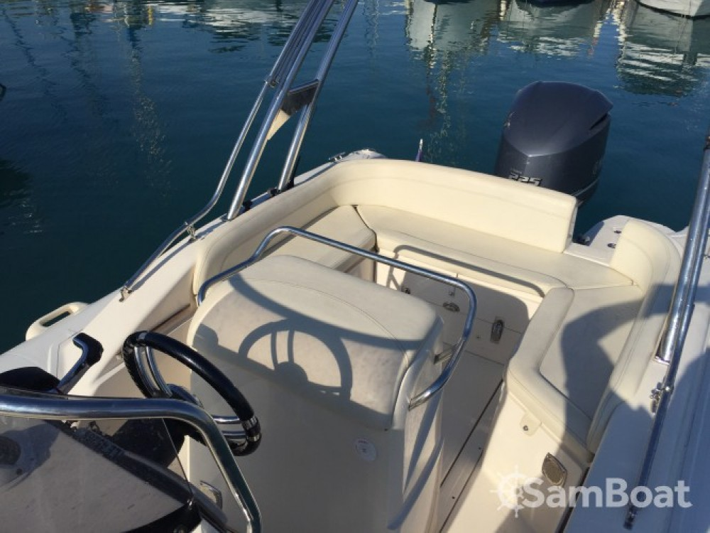 Boat rental Saint-Laurent-du-Var cheap BSC 73 Ocean