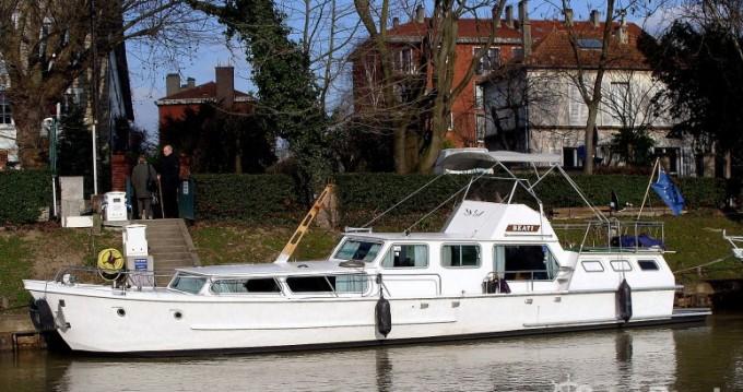 Boat rental Paris cheap Vedette Hollandaise