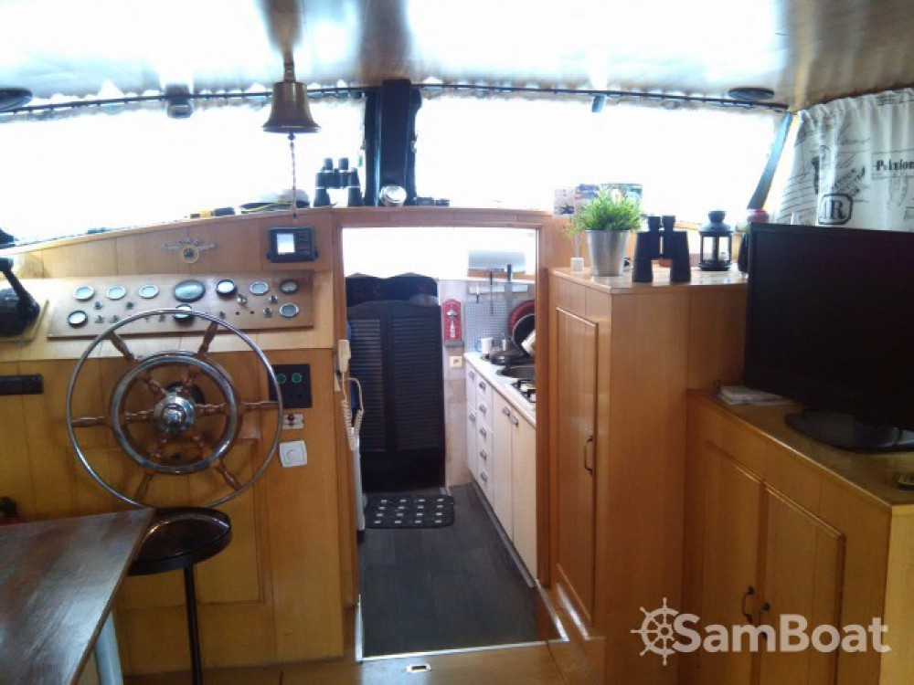 Rental yacht Paris - Waddencruiser Vedette Hollandaise on SamBoat