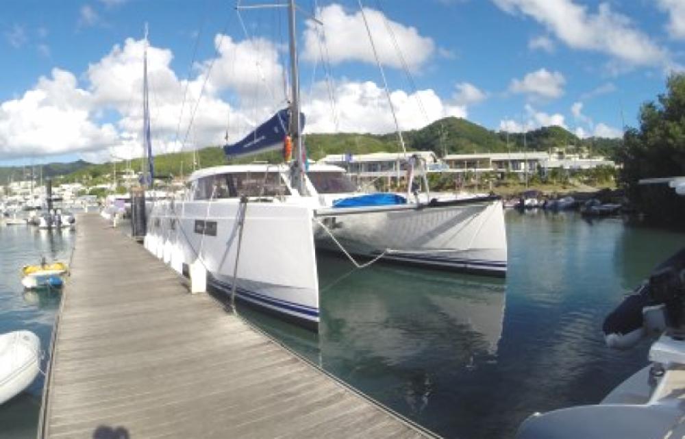 Boat rental Martinique cheap Open 40
