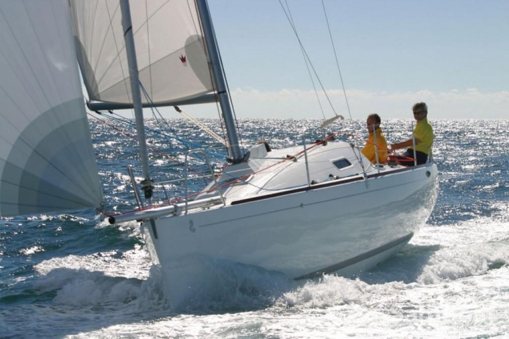 Rental yacht La Rochelle - Bénéteau First 27.7 on SamBoat