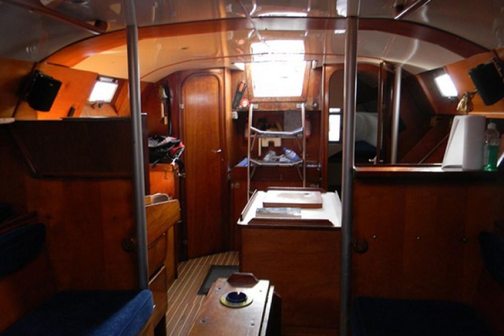 Rental yacht La Rochelle - Mauric-Pouvreau KVIII on SamBoat