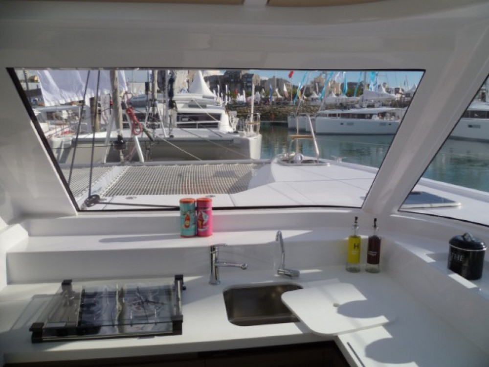 Boat rental Nautitech Nautitech Open 40 in Martinique on Samboat