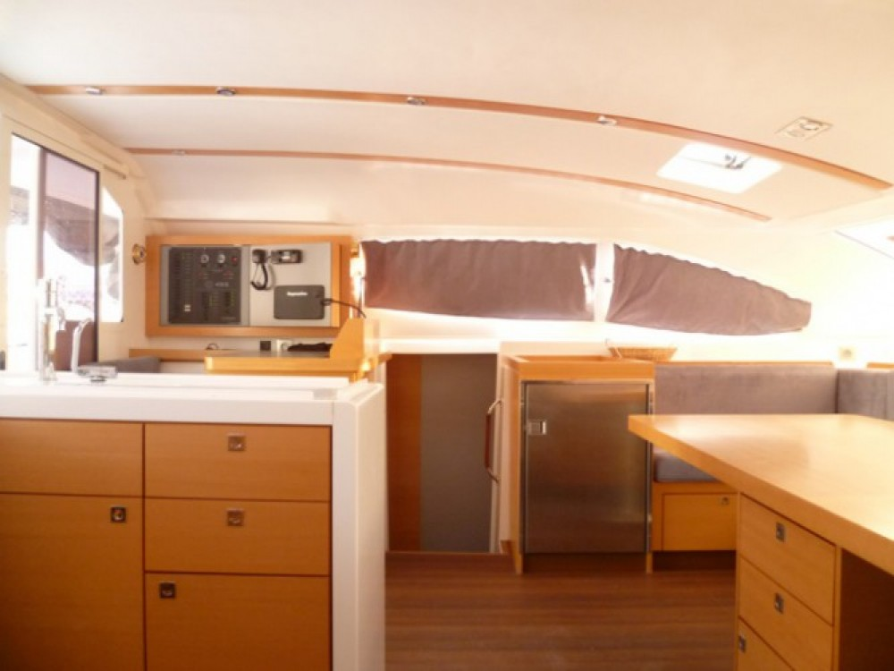 Rental yacht Martinique - Nautitech Nautitech 482 on SamBoat
