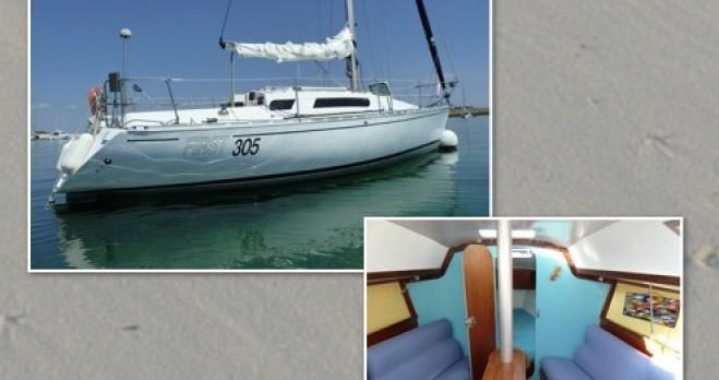 Rental yacht Île-Tudy - Bénéteau First 305 on SamBoat
