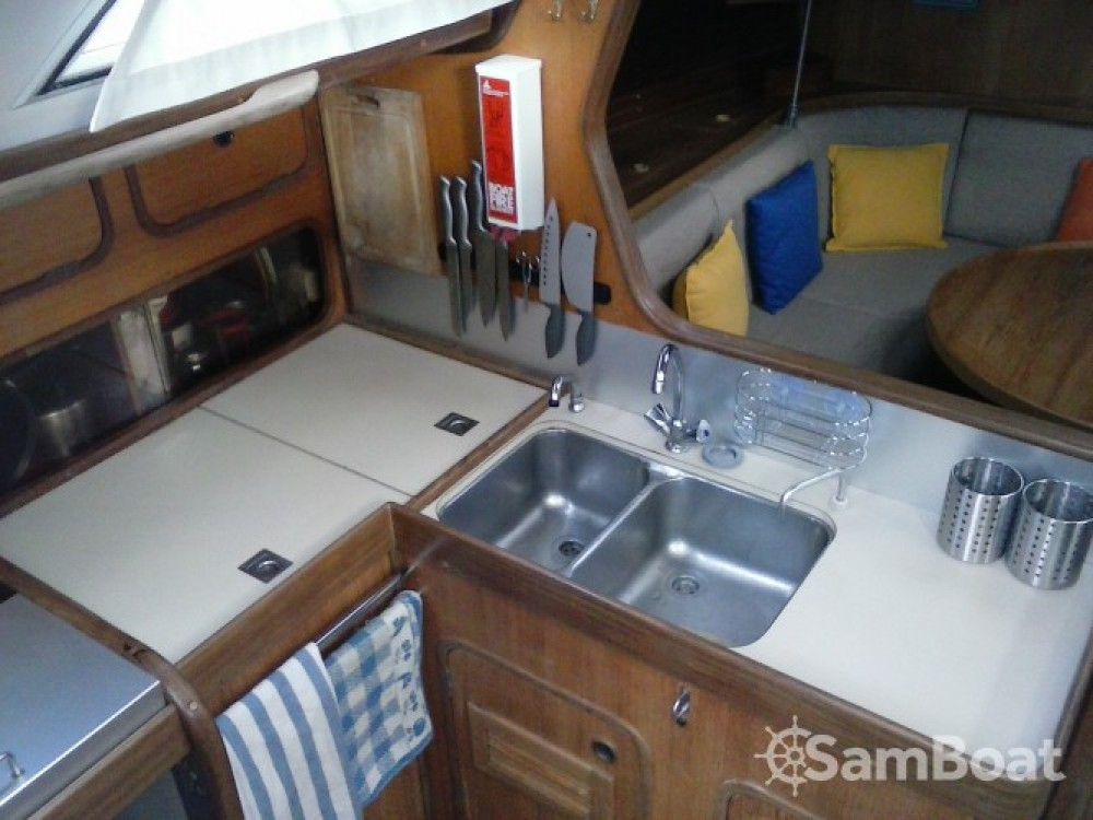 Boat rental Ajaccio cheap First 456