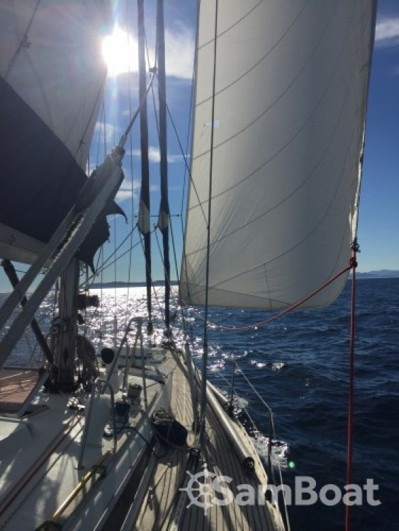 Sailboat for rent Ajaccio at the best price