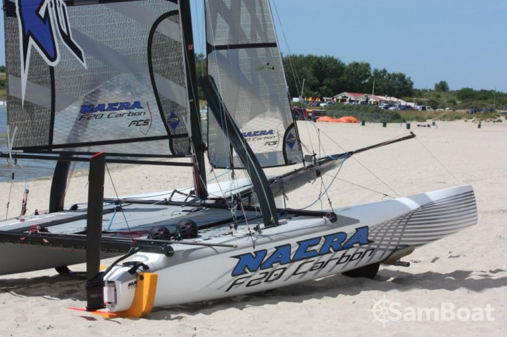 Boat rental La Grande-Motte cheap Nacra F20 FCS