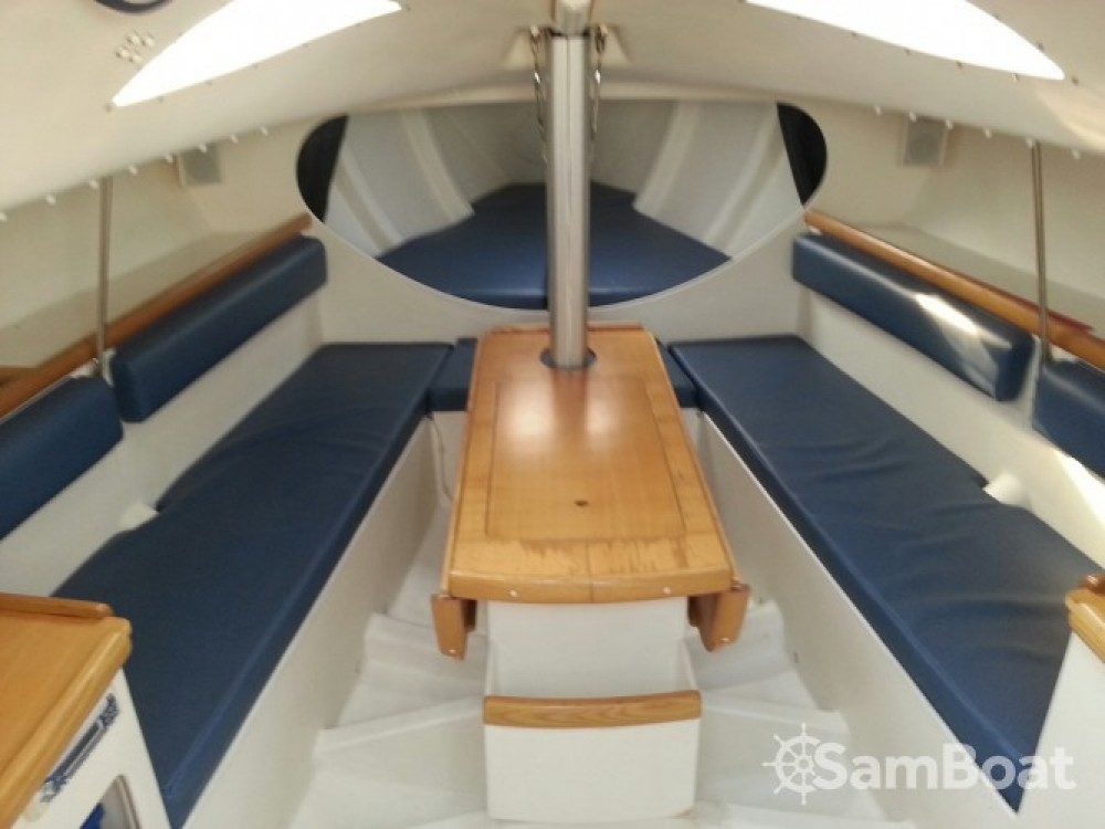 Boat rental Pogo Structures Pogo 8.50 in Lorient on Samboat