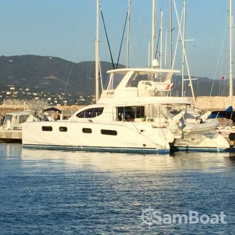 Hire Motor boat with or without skipper Robertson and Caine Bormes-les-Mimosas