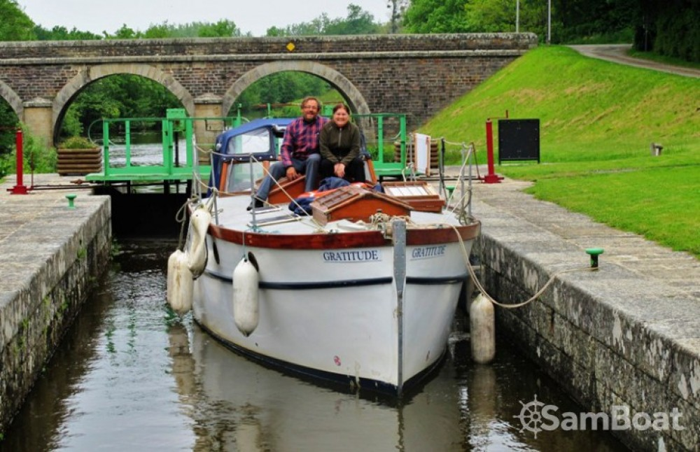 Canal boat for rent Nantes at the best price