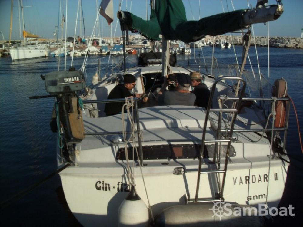 Rental yacht  - Jeanneau Gin Fizz Ketch on SamBoat