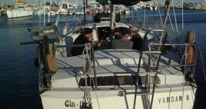 Rental yacht Saint-Malo - Jeanneau Gin Fizz Ketch on SamBoat