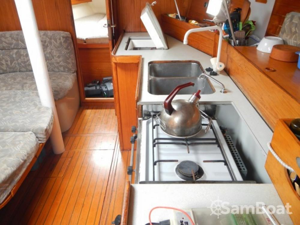Rental yacht Lávrio - Jeanneau Voyage 11.20 on SamBoat