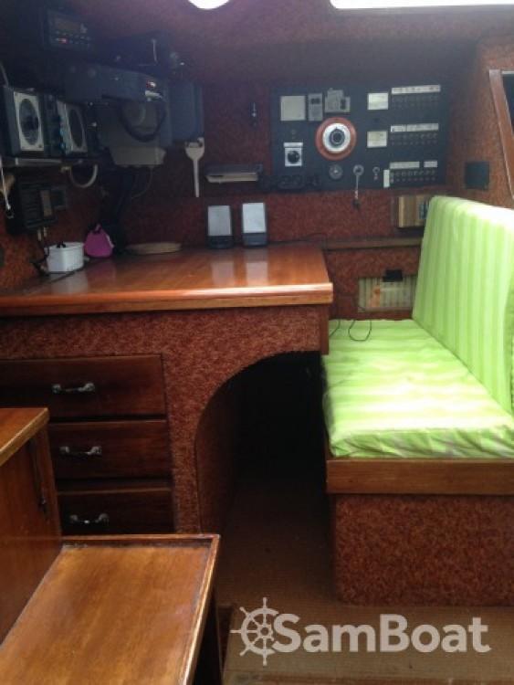 Boat rental Capbreton cheap sloop