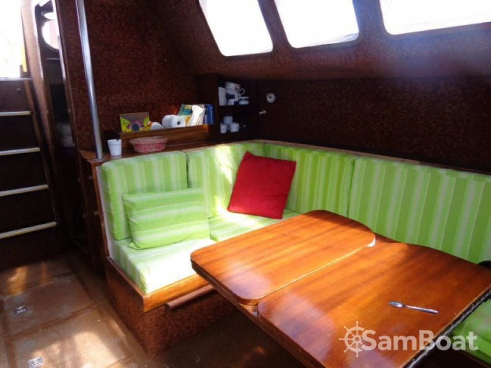 Hire Sailboat with or without skipper Destrier Capbreton