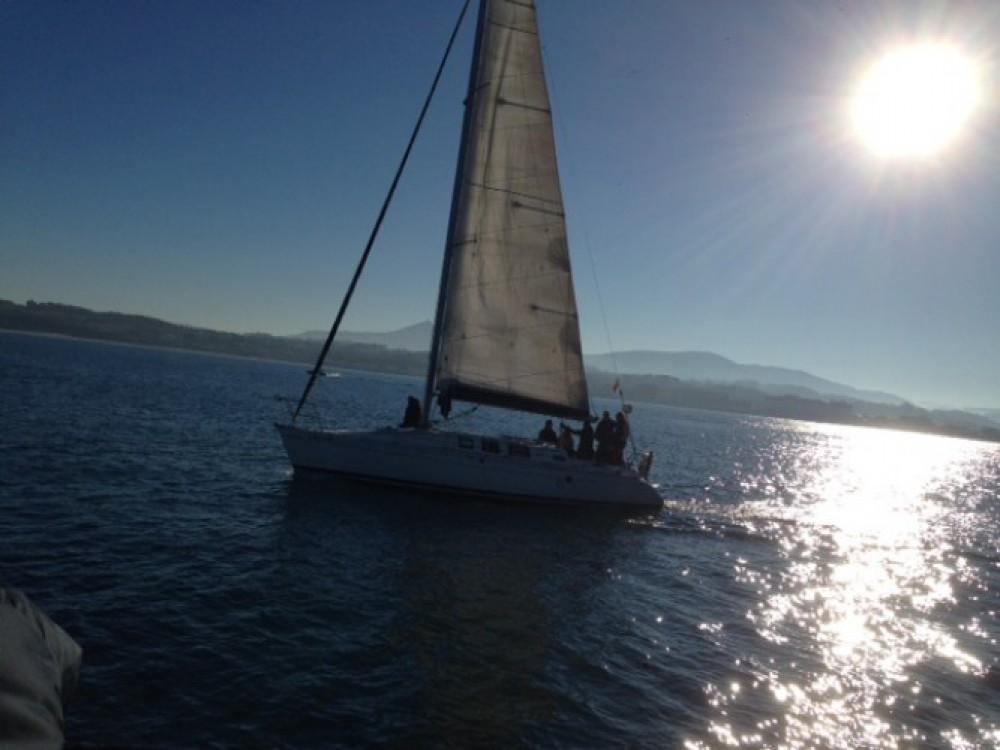 Rental yacht Fontarrabie - Bénéteau Oceanis 373 on SamBoat