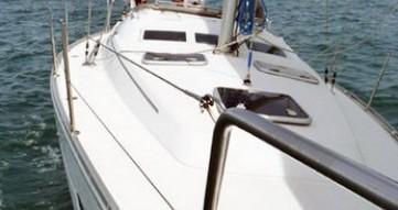 Boat rental Bénéteau Oceanis 373 in Hondarribia on Samboat