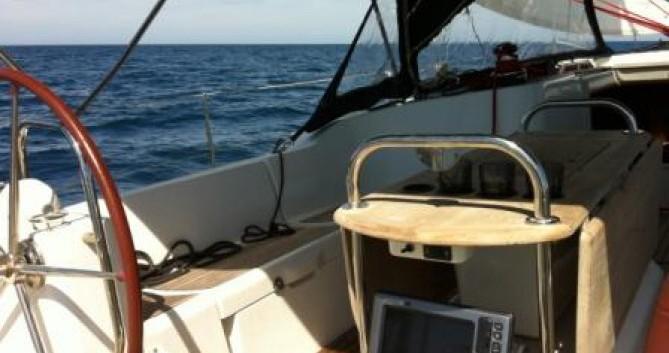 Boat rental Jeanneau Sun Odyssey 44i Performance in Hyères on Samboat