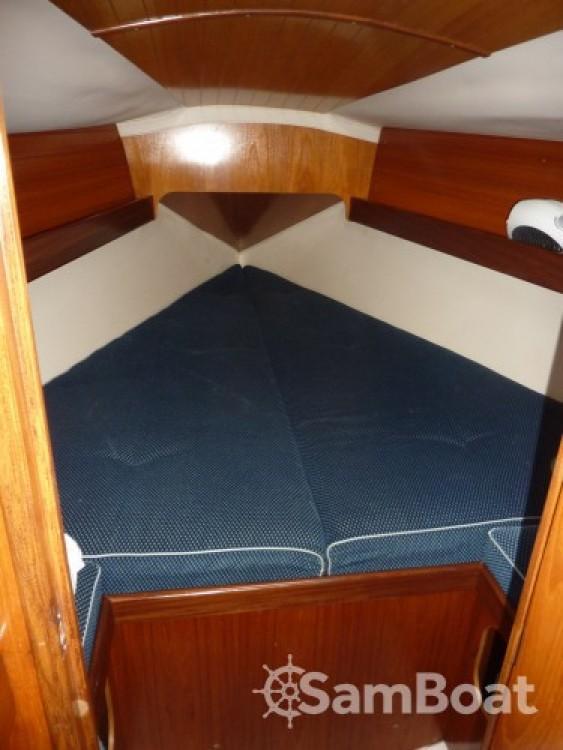 Boat rental Royan cheap Oceanis 320