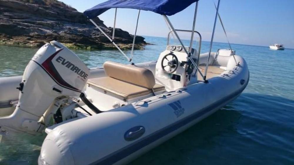 Boat rental Saint-Florent cheap Sportline 520