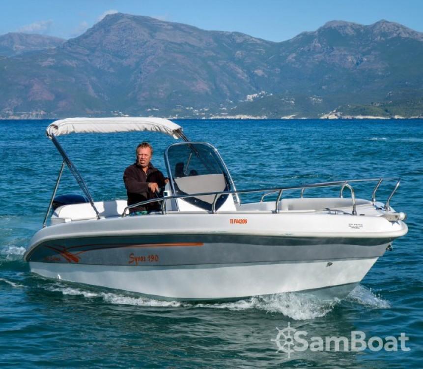 Boat rental Salmeri Syros 190 in Saint-Florent on Samboat