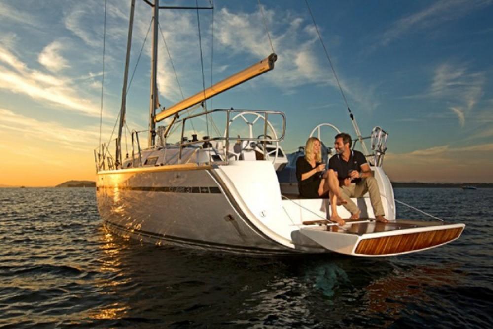 Rent a Bavaria Cruiser 37 Lisbon