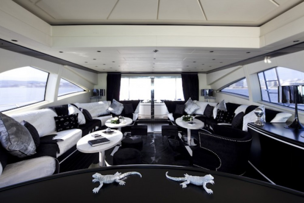 Mangusta Mangusta between personal and professional Cannes